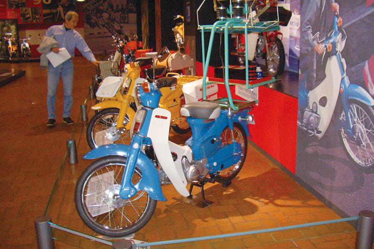 1963年 マルシン出前機  ホンダの純正品というわけではないが(実は純正品も開発されていたが、