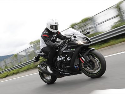 Kawasaki Ninja ZX-10RR 試乗 『究極のスーパースポーツは 究極のライダーフレンドリー』