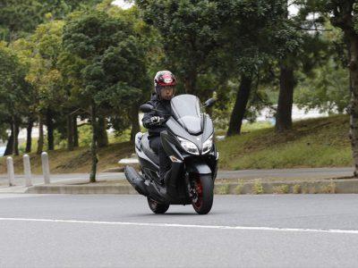 SUZUKI バーグマン400 ABS 試乗 『走りはもちろん 質感もよくなって よりオトナの乗り物に』