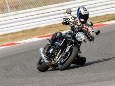 Kawasaki Z900RS 試乗 『甦った「Z」は、 新旧Zの高次元融合』
