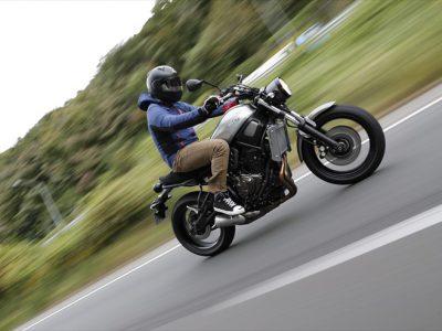 "YAMAHA XSR700 ABS 『これぞ2018年の旬 スゴすぎない""スポーツヘリテージ""』"