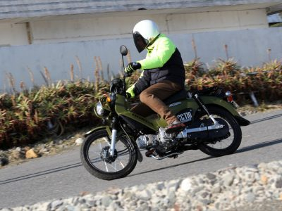 """Honda CROSS CUB50/110試乗『遊び心がいっぱい、 21世紀の""""ハンターカブ""""第二章』"""
