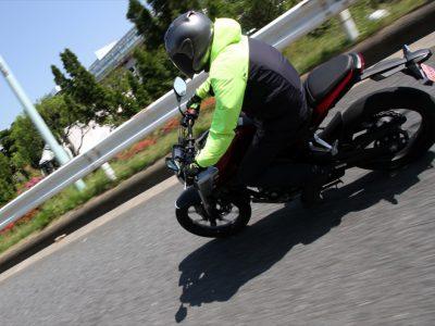 Honda CB125R試乗 『ビギナーからベテランまでの欲求満たす アッパークラス的仕上がり』