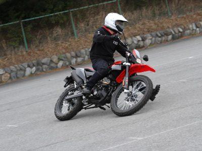 JAIA輸入二輪車試乗会より aprilia RX125試乗 『アグレッシブで、スポーツ志向のライダーに向けた 本格的スタイルの125オフロード』