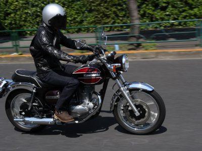 KAWASAKI ESTRELLA試乗 『オートバイの世界が持っている魅力は一元的ではない ということを改めて教えてくれる』