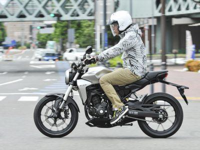 HONDA CB250R試乗 『完成度アップの新CB250は 250ccスポーツの新しい基準になる!』