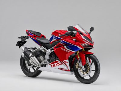 フルカウル250スポーツ、CBR250RRのカラーリングを変更して発売