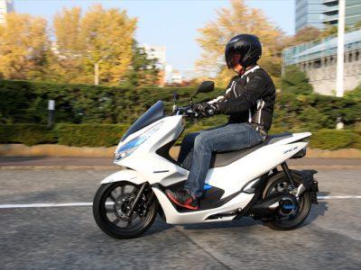 Honda PCX ELECTRIC 『PCXシリーズで最も上質な走りを実現』