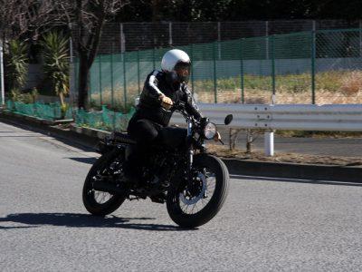 """MUTT MONGREL 125試乗 『英国のカスタム・ブランド上陸、 バイクを""""持つ""""という興味の起爆剤となるか!?』"""
