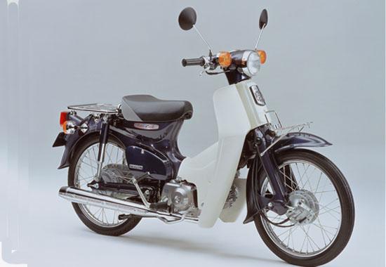 2002年2月<br />スーパーカブ50デラックス/カスタム