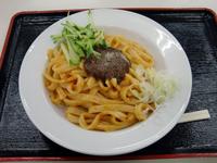 東北自動車道の上り紫波SAで発見した「ナポリじゃじゃ」。盛岡名物じゃじゃ麺とナポリタンを混ぜた一品。味は微妙だった