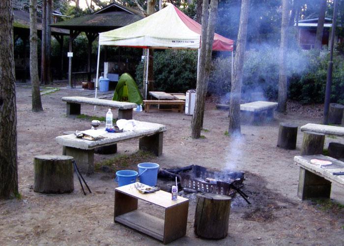 大洗キャンプ場の管理人さん。焚き火、暖かかったよ
