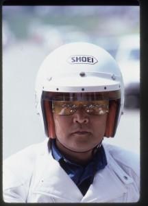 """1976年(昭和51年)創刊した月刊『ミスター・バイク』の初代編集長である渡辺靖彰。""""ボス""""と呼ばれていた。モータージャーナリストでもあったし、『ザ・モーターウイークリー』というラジオ番組ではメイン・パーソナリティでもあった。2002年11月11日没。"""