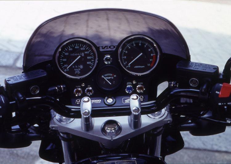 CB1000SFT2