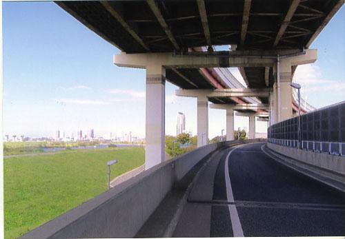 東北行き当たりばったり旅は鹿浜橋ランプからスタートだ。さあ走るぞオー!!