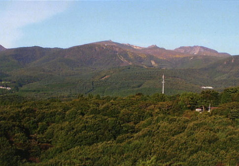 標高1699.6mの安達太良山。そろそろ紅葉の季節。ロープウエイで上まで登ろう
