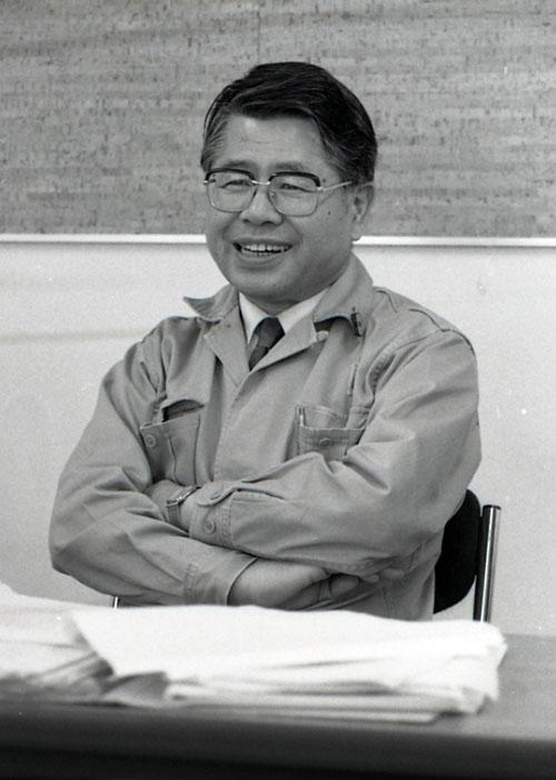 稲村暁一氏