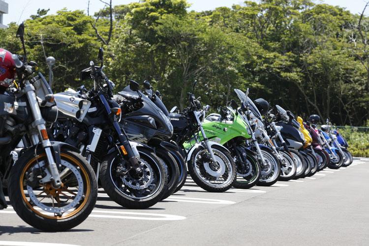 集まったバイクはジャンルレス。地元の人から、遠方から駆けつけた人も少なくありませんでした。ありがとうございます!
