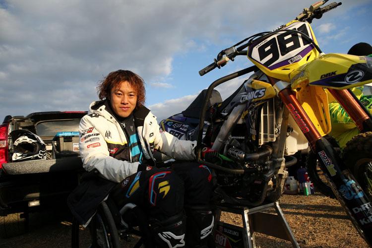 「車椅子のモトクロスライダー・戸田蔵人」