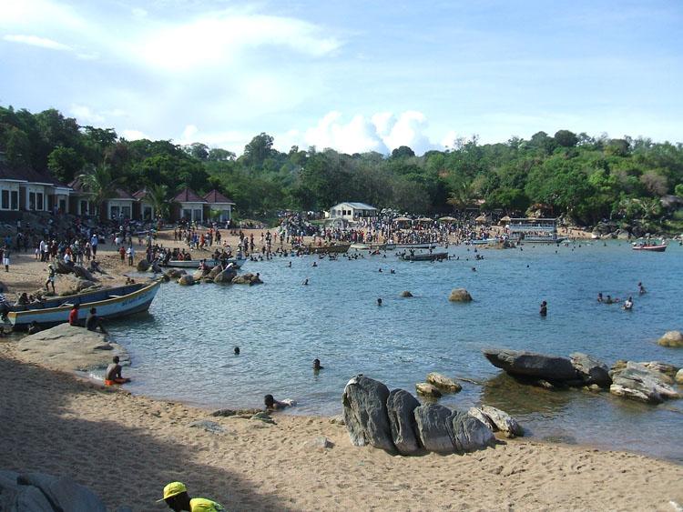 ンカタベイビーチ