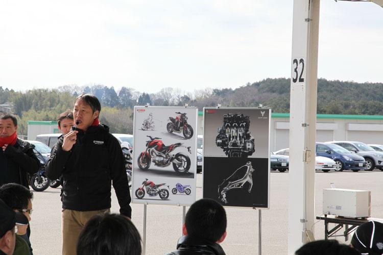 城森 暁・開発プロジェクトリーダーをはじめとする開発者による技術説明。ときおり開発秘話も折混ざっていて、参加者も夢中になって聞き入っていた。