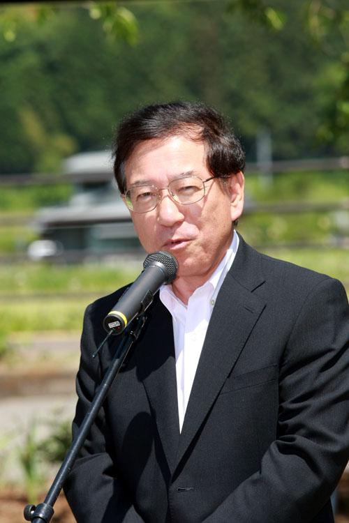 開会式には鈴木和夫 白河市長も駆けつけ、ライダーを歓迎
