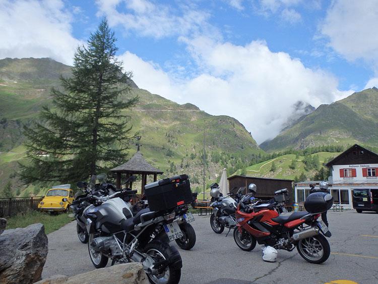 イタリアからオーストリアへ向かうロンボ峠