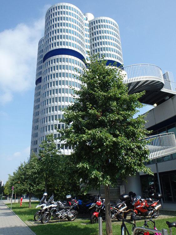旅の最終日はミュンヘンのBMW博物館を見学