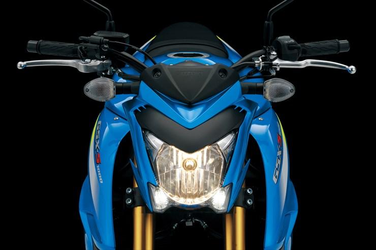 02_20140930_GSX-S1000_ABS_GSX-S1000AL6_headlight.jpg