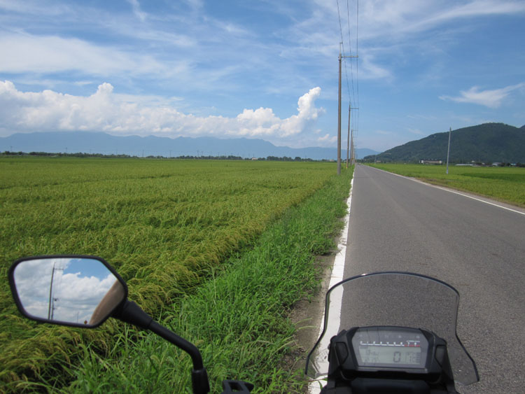 近江八幡とさざなみ街道の間にはこんな道も