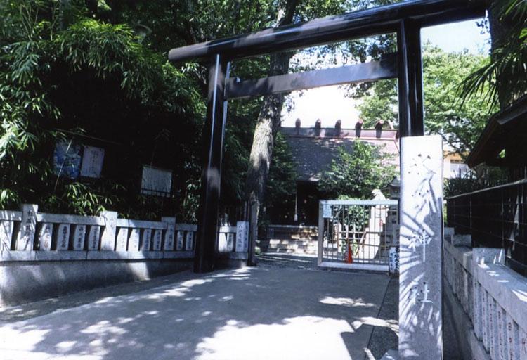 いつものように、JR高円寺駅前にある、氷川神社に旅の安全をお願いしてから出発しましょう