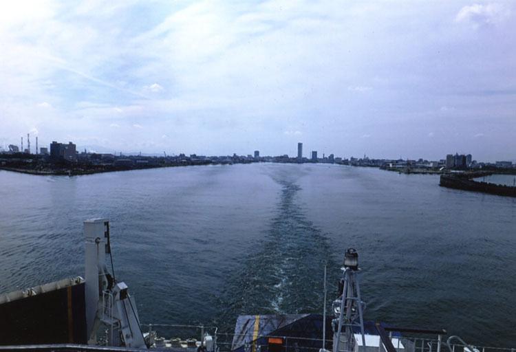 朝10:30,新潟港を旅立ちます。さあ、いよいよ14年ぶりの北海道ツーリングのスタートです