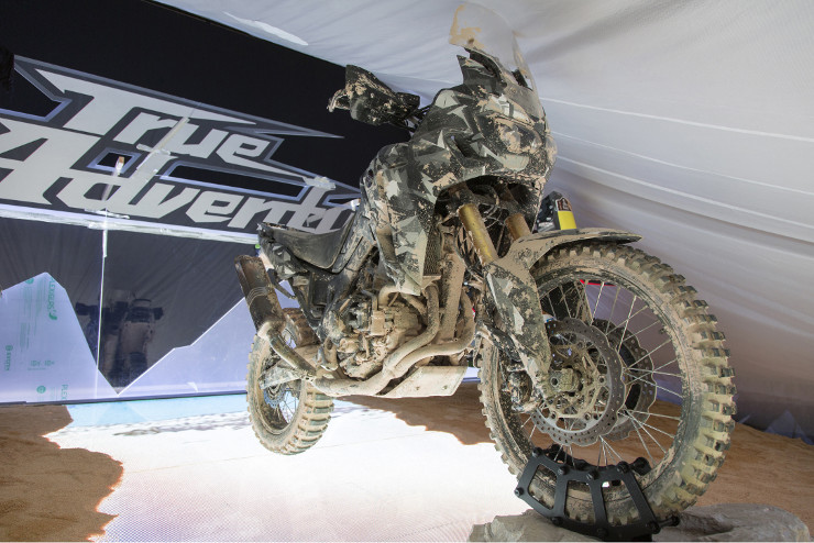 20141104_EICMA_Show_model_True Adventure_003H.jpg