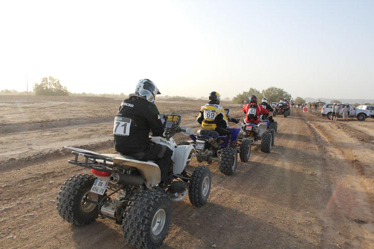 ATVもラリーでは人気だ。カテゴリー名はクワッド。ラリー仕様に改造されたマシンはどれも精悍で逞しい