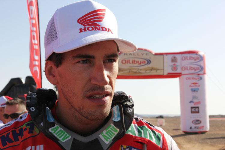 2日目もトップでフィニッシュラインに戻ってきたジョアン・バレーダ。しかしこの後、スピード違反で順位降格に……
