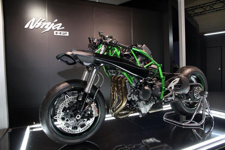 Kawasaki Ninja H2Rフェア