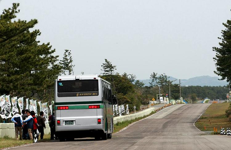竜洋東コースを観光バスで体験するバスツアーも企画され、大好評だった
