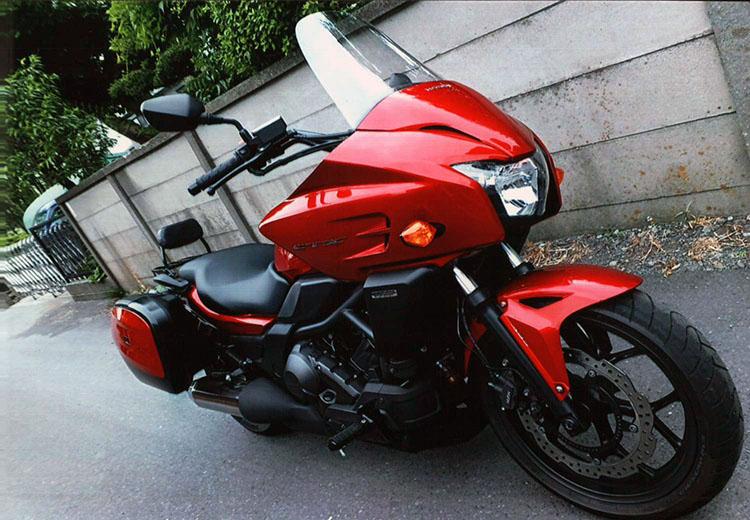 CTX700