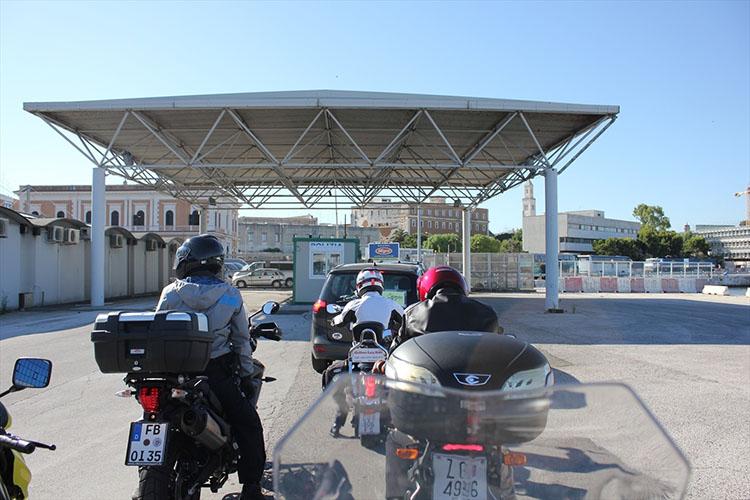 イタリアの入国審査