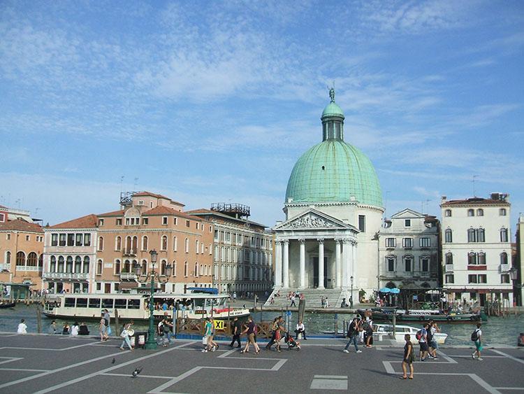 ベネチアを散策