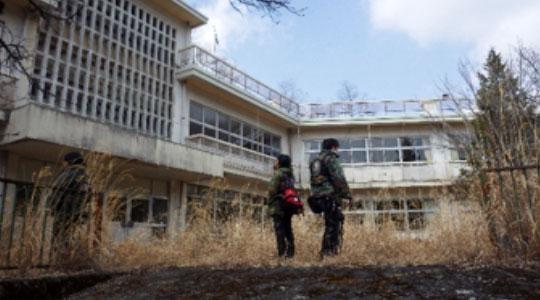 それほどまでには古めかしさを感じない廃校となった建物。その規模はここがかつては栄えた町である事を物語っている