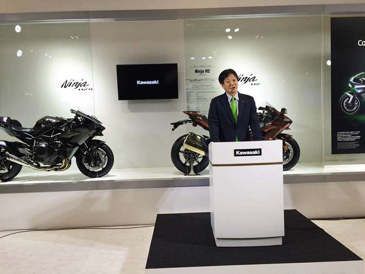 常務取締役 モーターサイクル&エンジンカンパニープレジデント 富田健司