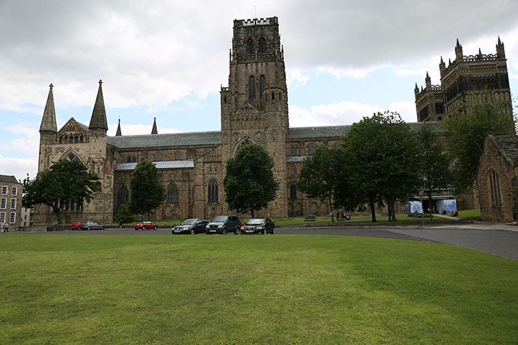 ノルマン様式の教会