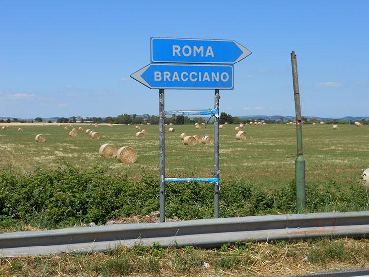 ローマへと続く道