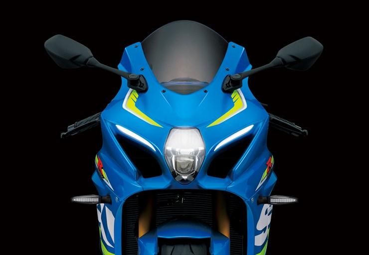 20151117_Suzuki_EICMA_Model_GSX-R1000_prototype_merit_LED_headlight.jpg
