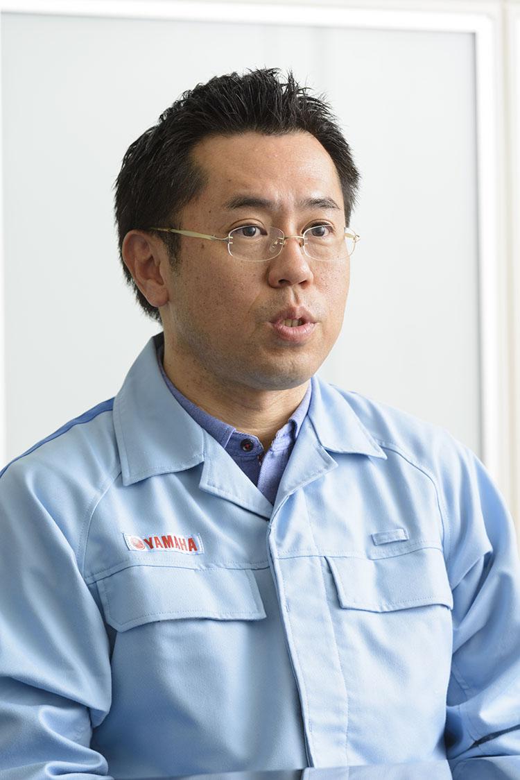 津谷晃司氏