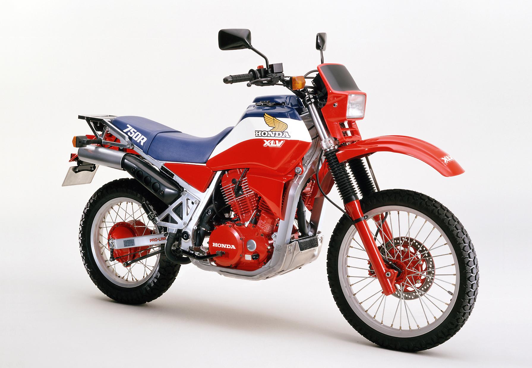 1983年 XLV750R
