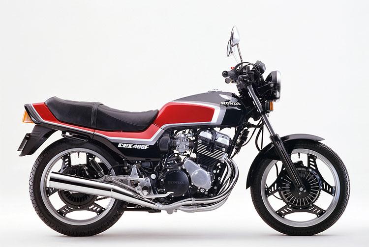 CBX400F ブラック×キャンディアラモアナレッド