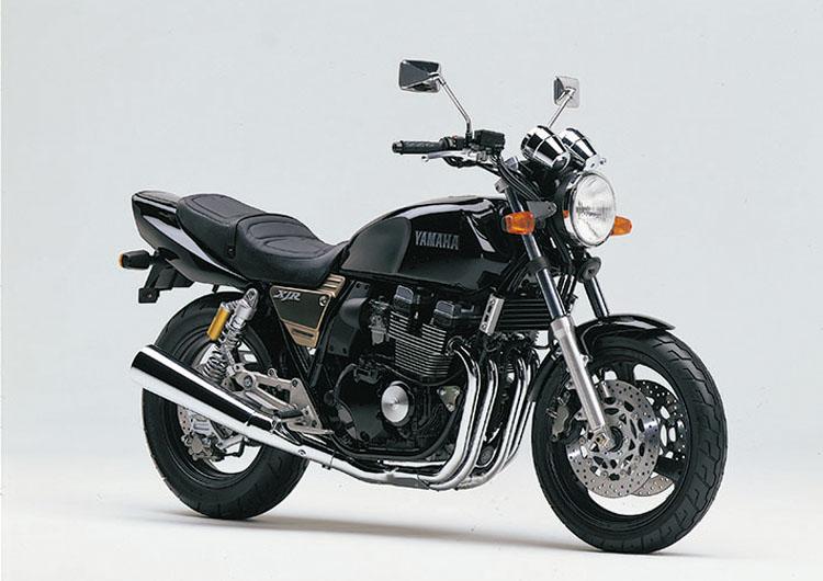 XJR400 ブラック2