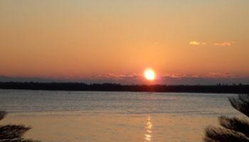 今年の初日の出は種崎の海岸から。また一年が始まった。今年はどんな年になる事やら……まったく予想がつきません。マジで
